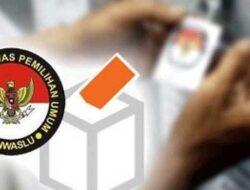 Panwaslu Padang Serahkan Hasil Kajian Dugaan Pelanggaran je Komisi ASN