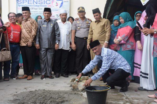 Yayasan Darianis Yatim Bangun Masjid Megah Di Smpn 1 Kota Solok Top Satu