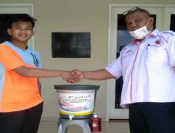 Universitas Bung Hatta Salurkan Bantuan Alat Pencuci Tangan ke Sarana Ibadah dan Sekolah