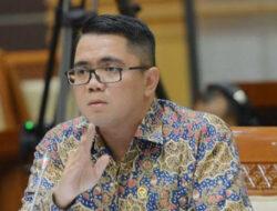 Prof. Auzal Halim : Tak Benar Kakek Arteria Dahlan Pendiri Partai PKI di Sumbar