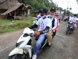Kunjungi Mentawai, Nasrul Abit Diarak Keliling Siberut Selatan