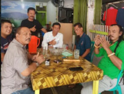 Raja Barus Mangun Tampuk Bolon dari Sumut Ngopi Bareng Sutan Iskandar di RM Saruaso