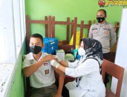 Siswa dan Guru SMKN 2 Lubuk Basung Ikuti Vaksinasi