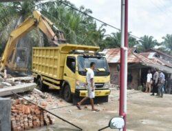 Polres Agam Lakukan Pengamanan Eksekusi Toko di Tiku V Jorong