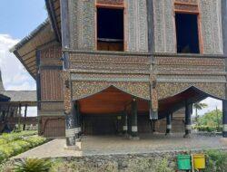 Estetika Terbaik dalam Motif Ukiran Museum Budaya Terbuka Istano Basa Pagaruyung