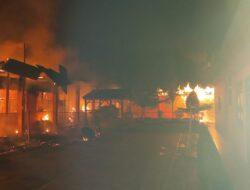 Lima Lokal dan Kantin di Ponpes Nurul Iman Sitiung Ludes Dilalap Api